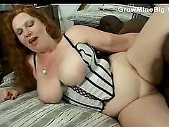 She Got A Fat pussy lips cummed in by shaft