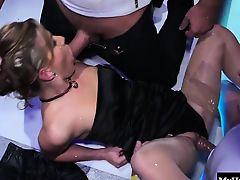 Sharka Blue, Jessica Fiorentino, Rihanna Samuel, Kari, Zuzan
