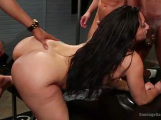 mandy tests her sexual limits