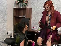 Dude enjoys perverted play with a luscious fetish queen