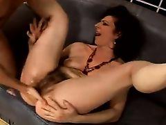 hairy granny anal fucking
