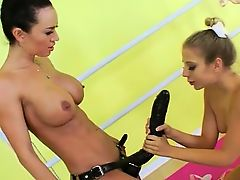 Lesbian asshole sex with strapon